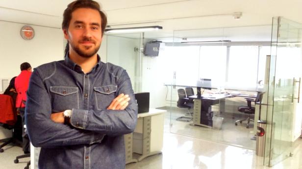 Luis Pablo Beauregard en las instalaciones del diario El País en la ciudad de México. Foto: Jose Antonio Monterrosas Figueiras.